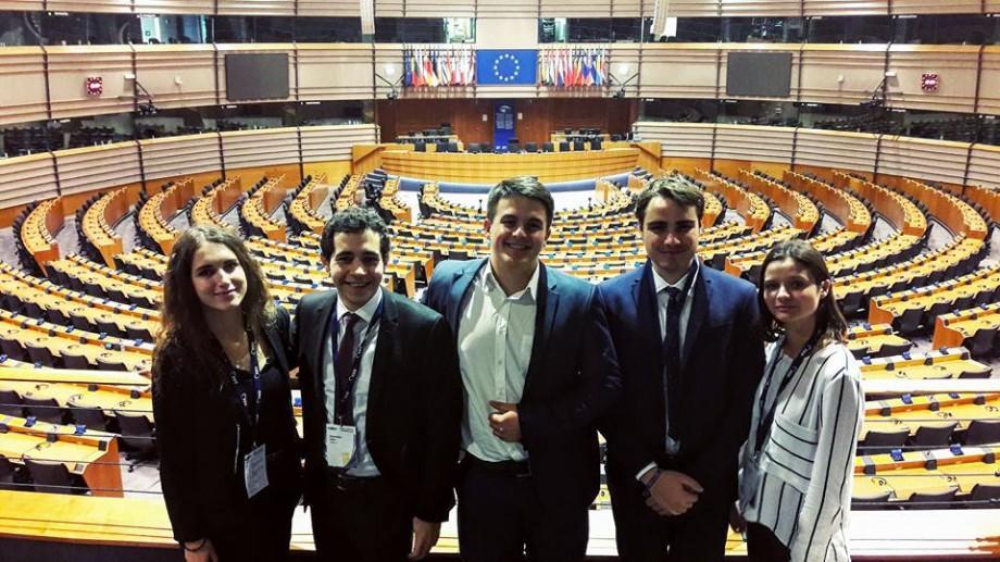 (foto, video) Cu ce reușite se întorc tinerii delegați din partea Moldovei de la Adunarea Generală a Asociației Europene a Elevilor
