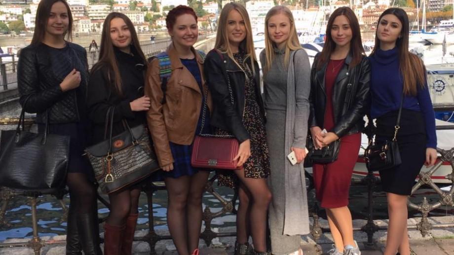 Șapte studente de la UTM vor studia timp de un an Designul vestimentar la o universitate italiană