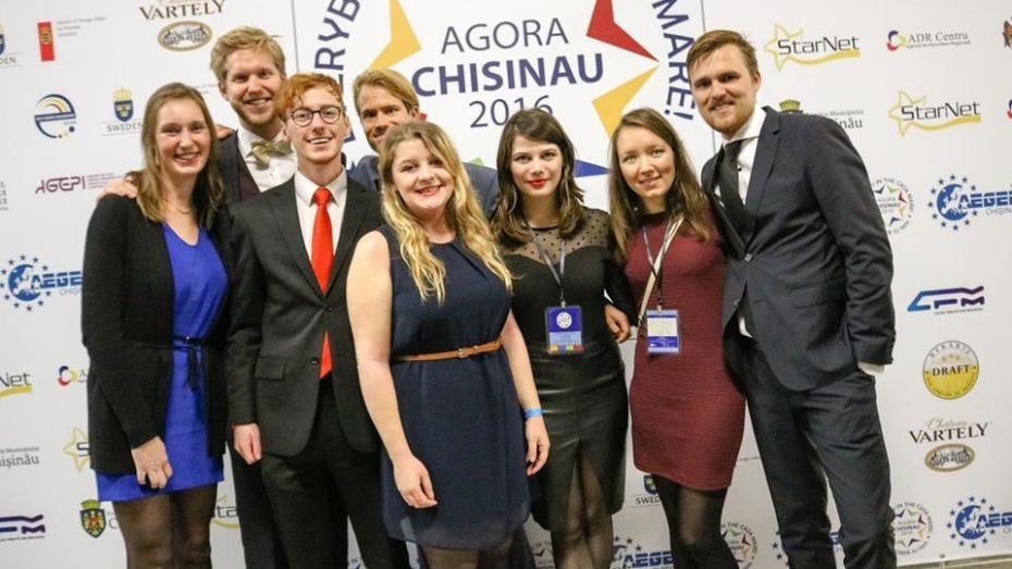 (foto) AEGEE-Chişinău a organizat un eveniment pentru tineri și 50 de voluntari din mai multe țări europene