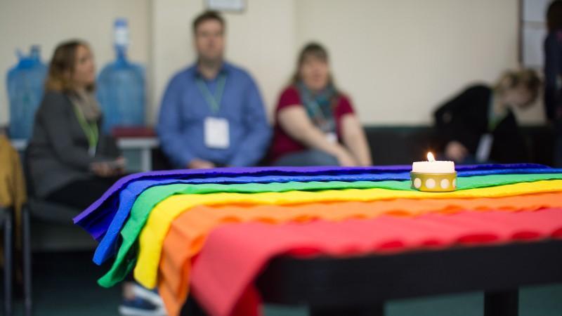 (foto) Pentru prima dată la Chișinău a avut loc un forum al creștinilor din Comunitatea LGBT