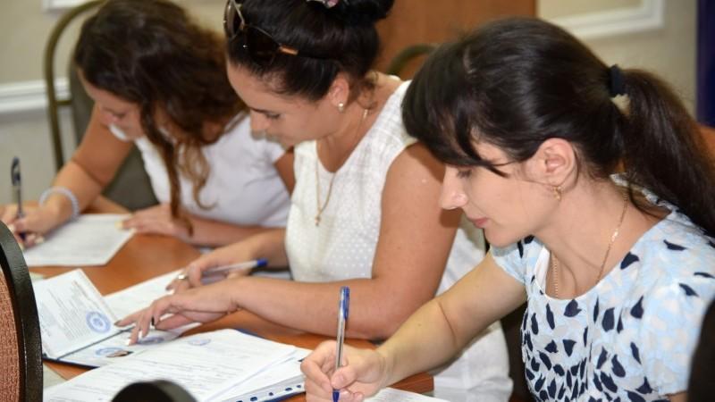 USMF: Peste 400 de absolvenți au fost înmatriculați la studii prin rezidențiat