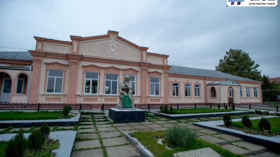 Europa pentru Moldova: Elevii de la Școala de Arte din satul Varnița au toate condițiile pentru a-și dezvolta talentul