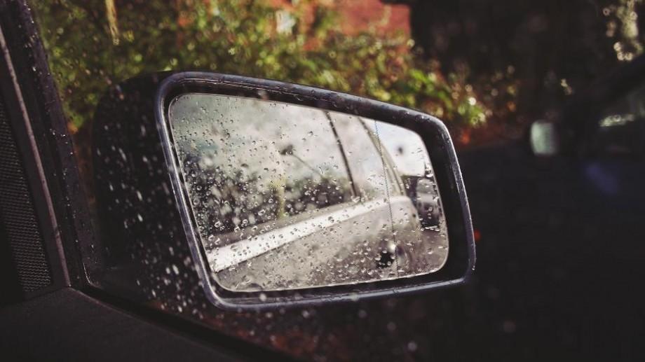 Ne așteaptă un weekend ploios. Ce prezic meteorologii pentru zilele următoare