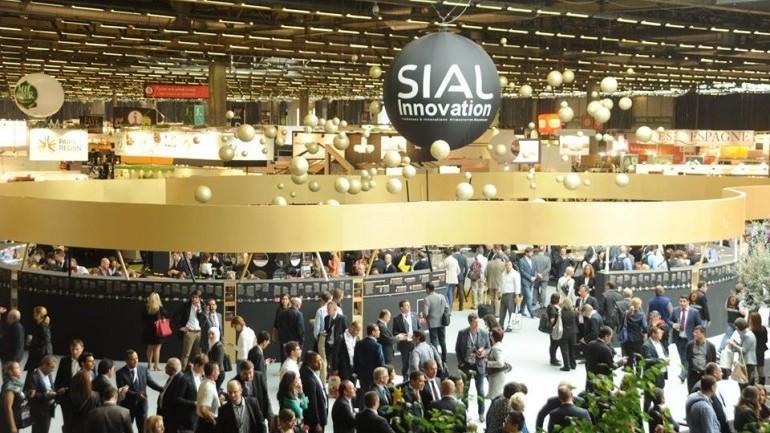 Producătorii autohtoni își expun produsele la Paris în cadrul unei expoziții alimentare