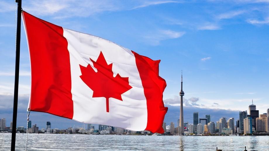 Veste bună! Cetățenii României vor putea călători fără vize în Canada din 2017