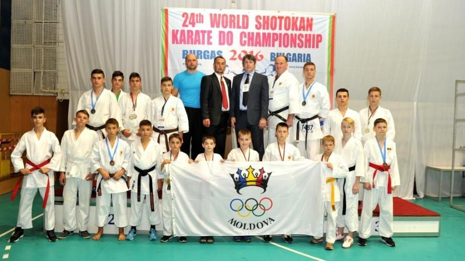 (foto) Moldova a obținut patru medalii la Campionatul Mondial de Karate Shotokan
