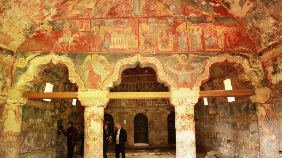 (foto) Una din cele mai vechi biserici din Moldova va fi restaurată. Va fi gata în 2020