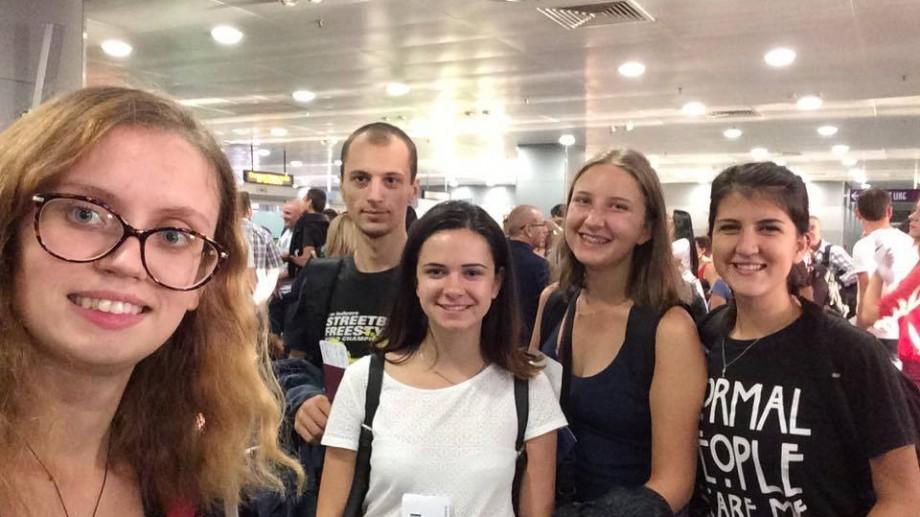 (foto) Tineri moldoveni descoperind Georgia la un proiect internațional: dansuri, toasturi și khinkali