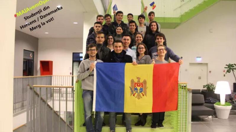 Tinerii moldoveni din Danemarca vor parcurge 600 de km pentru a vota la alegerile prezidențiale din 13 noiembrie