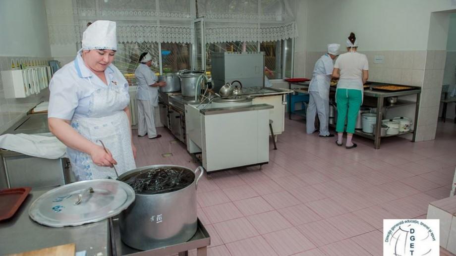 Anchetă de serviciu privind asigurarea cu produse alimentare a şcolilor şi grădiniţelor din Chişinău