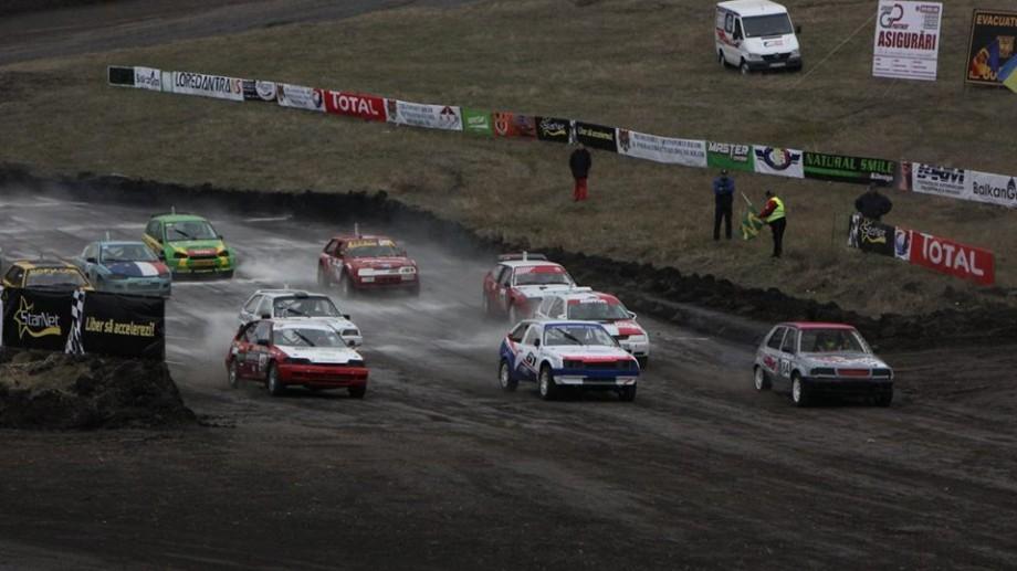 """(foto) Spectacol impresionant la finala """"Campionatului Național de Autocross"""". Cine a ieșit învingător?"""