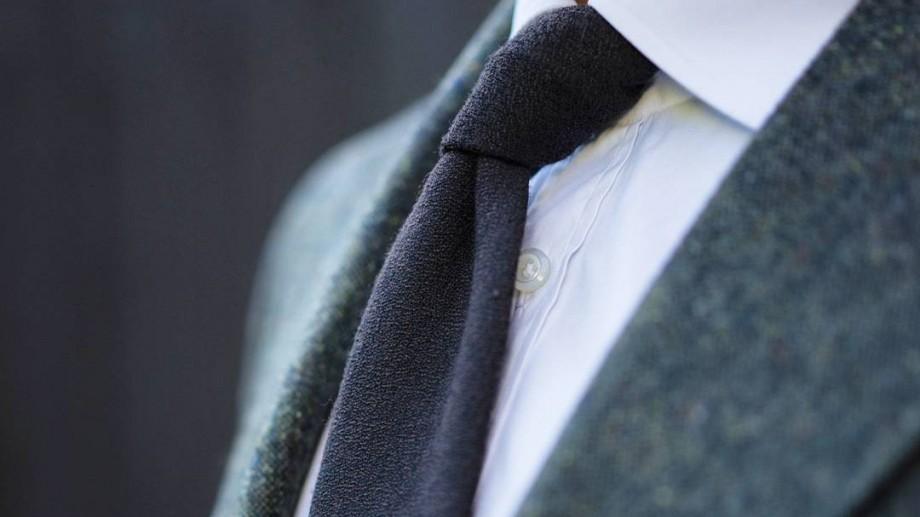 E bine să știi! 18 moduri în care poţi să faci un nod la cravată