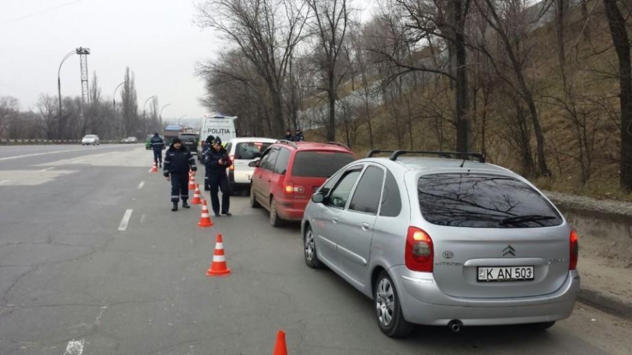 (foto) Operațiune: Peste 400 de automobile au fost trase pe dreaptă. Motivul invocat de INP