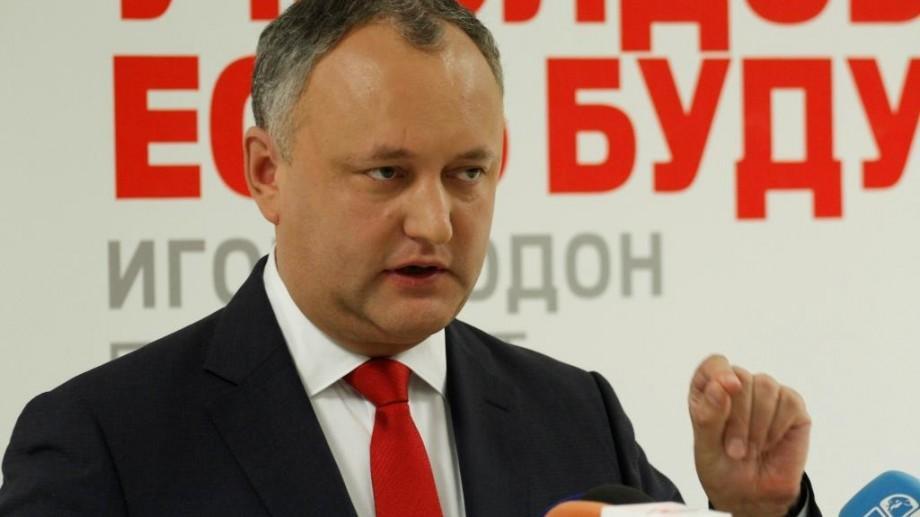 Igor Dodon susţine că numirea sa în funcţie se tergiversează intenţionat