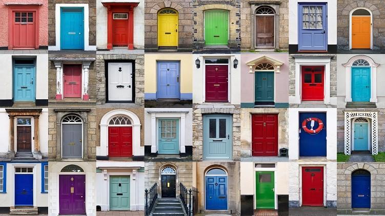 (foto) Frumoase și pline de istorie. Cinci uși faimoase din întreaga lume