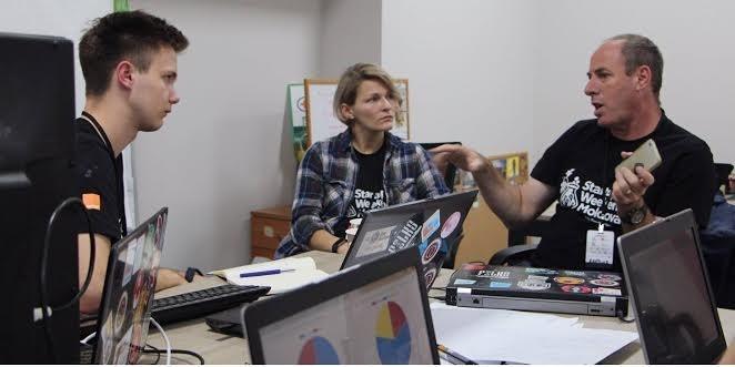 (video) Urmărește LIVE prezentarea proiectelor și premierea câștigătorilor Startup Weekend Moldova 2016