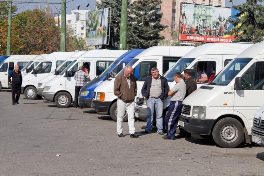 Autoritățile vor verifica starea tehnică și aspectul estetic al microbuzelor din Chișinău