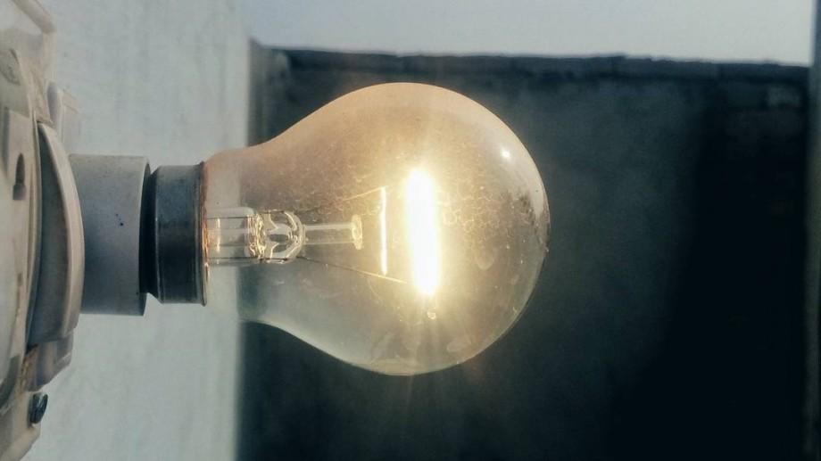 Adresele din întreaga țară care vor rămâne luni, 2 ianuarie, fără curent electric