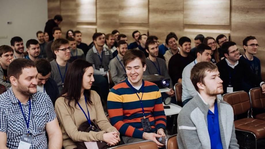 (foto) Cum s-a desfășurat cea de-a două ediție CodeWăy – conferință mobile dedicată programatorilor