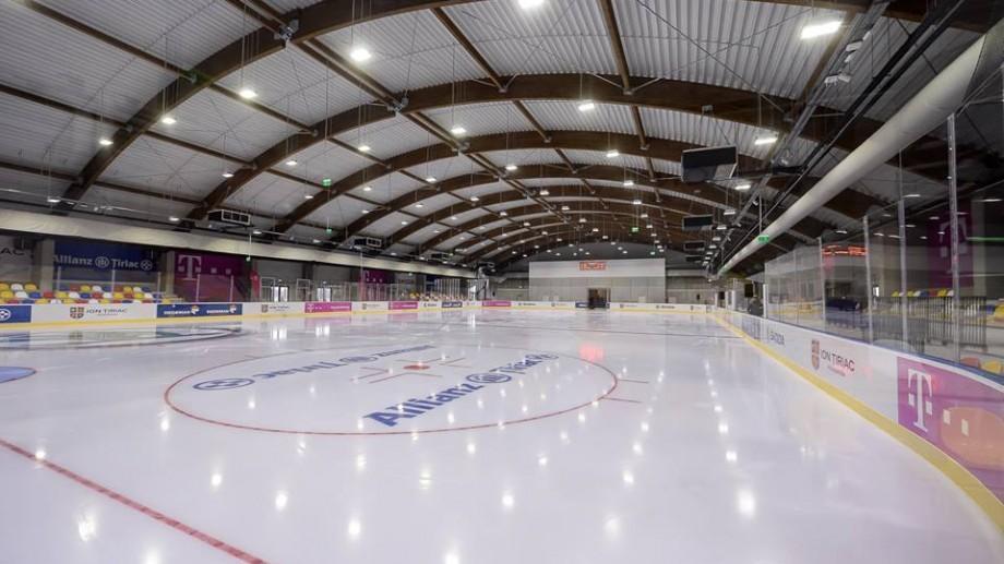 (foto) În București a fost inaugurat un patinoar de 3,6 milioane de euro. A fost construit în trei luni