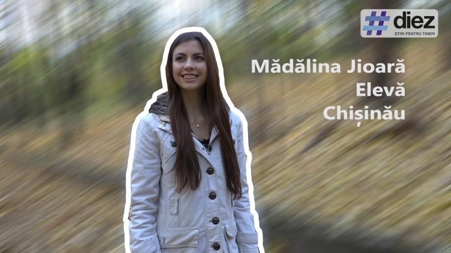 (video) Unde-s tinerii. Cum se îmbină școala, voluntariatul și modellingul în viața Mădălinei Jioară