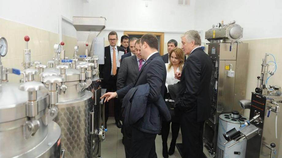 (foto) Au un nou laborator! Studenții de la UTM vor putea aprecia mai bine produsele vinicole
