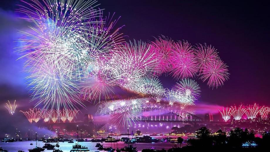 (foto, video) Australia a intrat în 2017! Focuri de artificii spectaculoase la Sydney pentru celebrarea trecerii în noul an