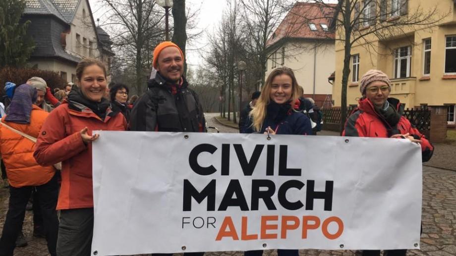 #CivilMarchForAleppo – O moldoveancă s-a alăturat marșului în care se vor parcurge 3000 de km pe jos până în Aleppo