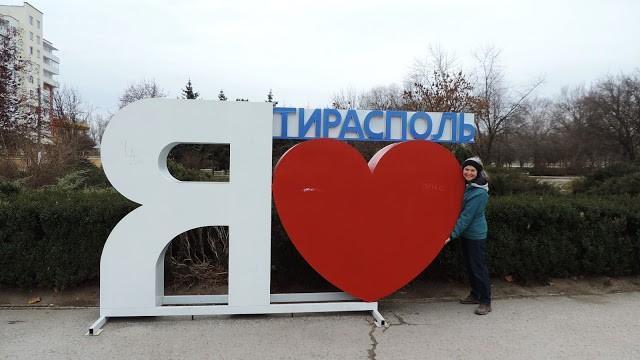 (foto) Drumuri de țară, poliția transnistreană și cel mai bun vin! Călătoria aventuroasă a doi canadieni în Moldova