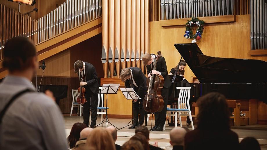 (foto) Cum a decurs pelerinajul muzicii clasice al băieților de la Moldo Crescendo Trio în Țările Române