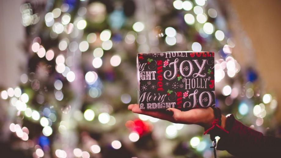 (foto) Cadouri faine de Crăciun pe care le poți procura celor dragi în Chișinău