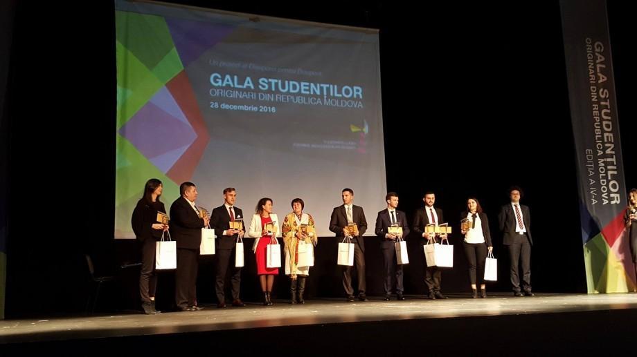 (foto, video) GSORM 2016: Află cine sunt cei mai buni 22 de studenţi moldoveni care îşi fac studiile în străinătate