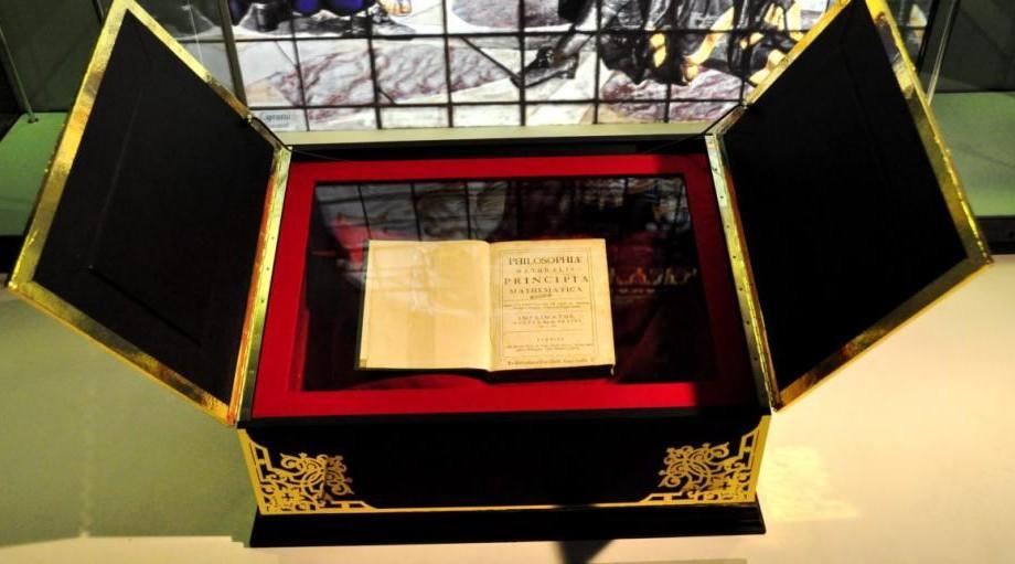 Isaac Newton a scris cea mai scumpă carte științifică