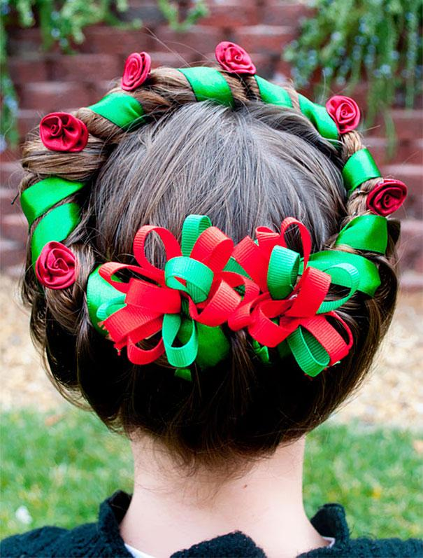creative-christmas-hairstyles-13-58468cd3b4ae6__605