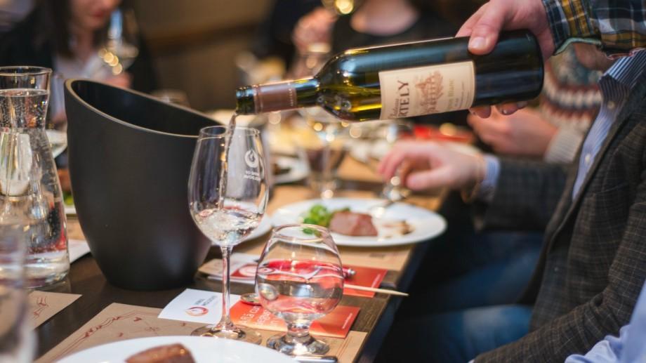 (foto) Vinuri alese degustate la KIKU Steak & Wine