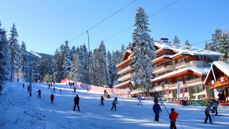 Idei pentru vacanța de iarnă la munte! 7 destinații la care puteți ajunge prin zbor direct din Chișinău