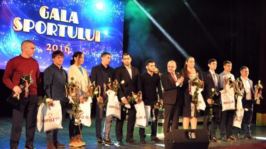 Cei mai buni sportivi din Moldova au fost premiați la Gala Sportului 2016