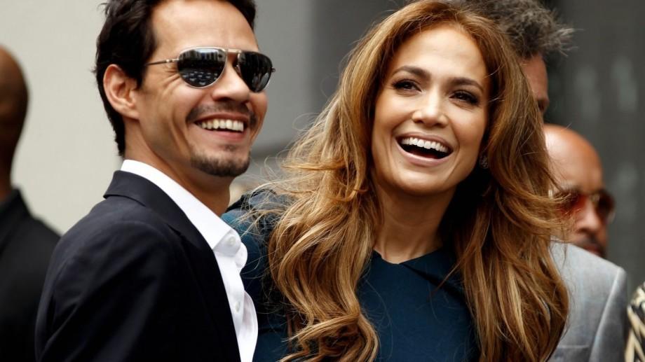 Marc Anthony divorţează de soţia sa, după ce artistul a sărutat-o pe Jennifer Lopez pe scenă