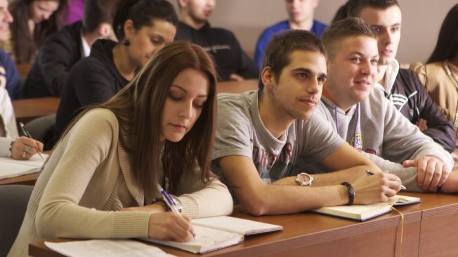 În curând, studenții ar putea studia un nou domeniu de cercetare – PR politic