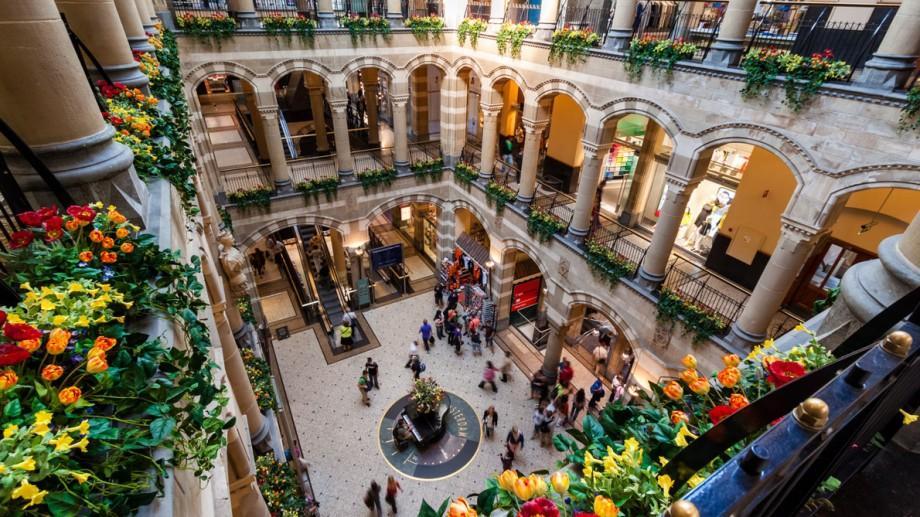 7+1 destinații pentru a face shopping în Europa la care puteți ajunge cu zbor direct din Chișinău