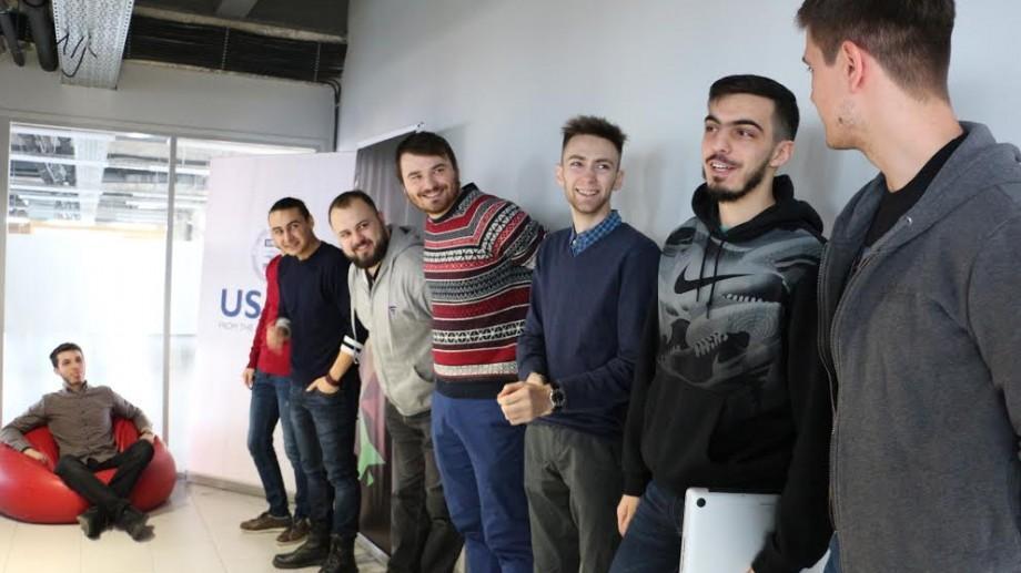 (foto) FAFHackathon: Timp de 24 de ore, studenții IT-iști au creat un joc multiplayer