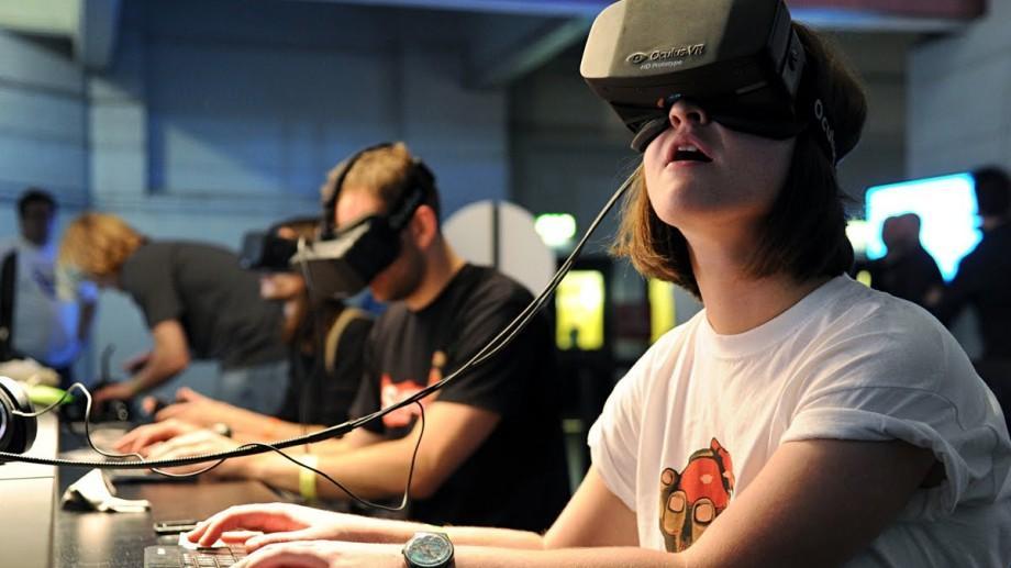 Realitatea Virtuală vine în Moldova. Participă la un VR Camp de trei zile și rezolvă probleme sociale