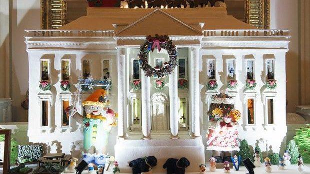 (foto) Ultimul Crăciun în care Michelle Obama amenajează Casa Albă. Cum arată decorațiile