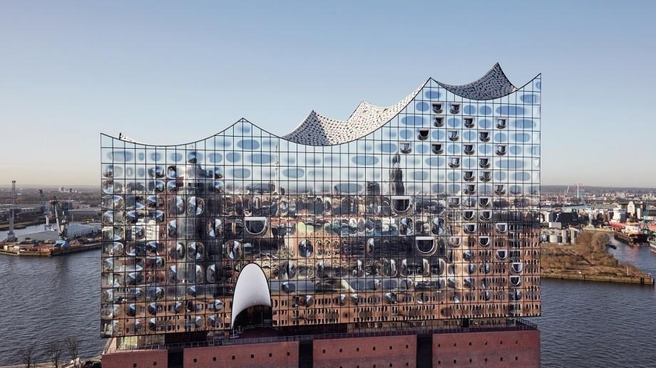 (foto, video) A fost inaugurată Filarmonica din Hamburg – o minune a arhitecturii moderne