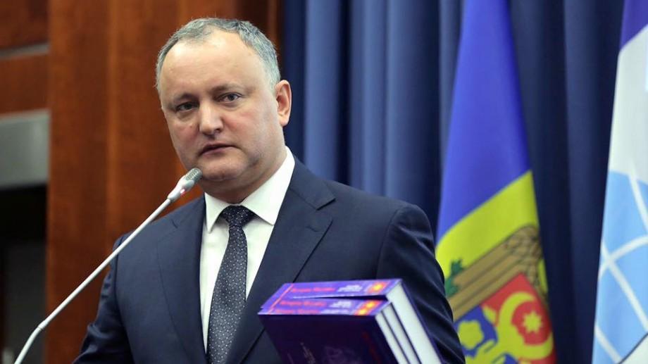 Idei de întrebări de la internauți pentru Igor Dodon și referendumurile sale viitoare