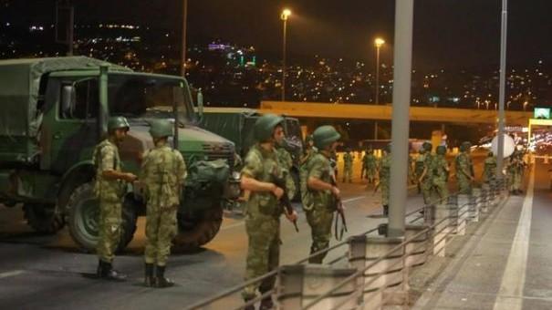 Încă un atac în Turcia! Un bărbat a deschis focul într-o moschee din Istanbul
