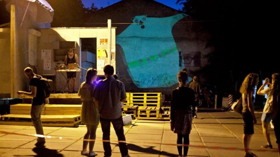 Devino voluntar al Asociaţiei Tinerilor Artişti Oberliht și susține sectorul cultural din Moldova