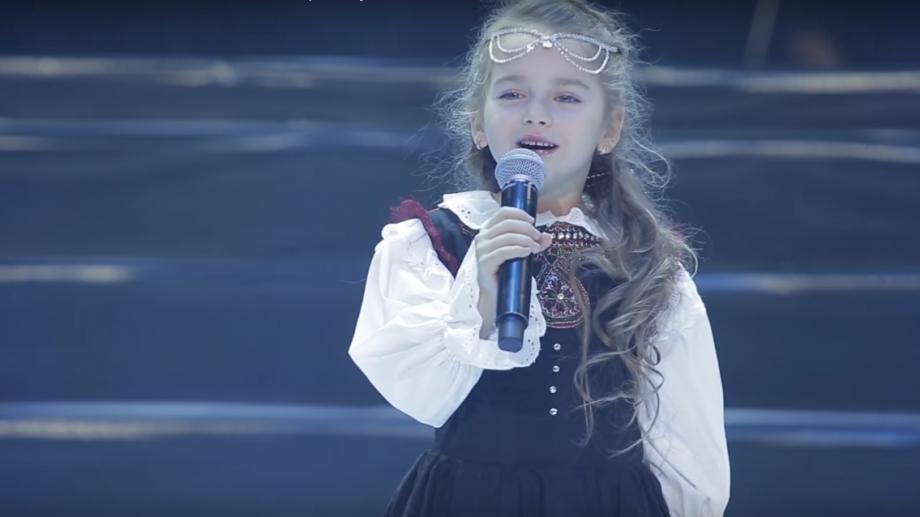 (video) O fetiță din Moldova a devenit celebră în Israel după ce a interpretat o piesă în ebraică