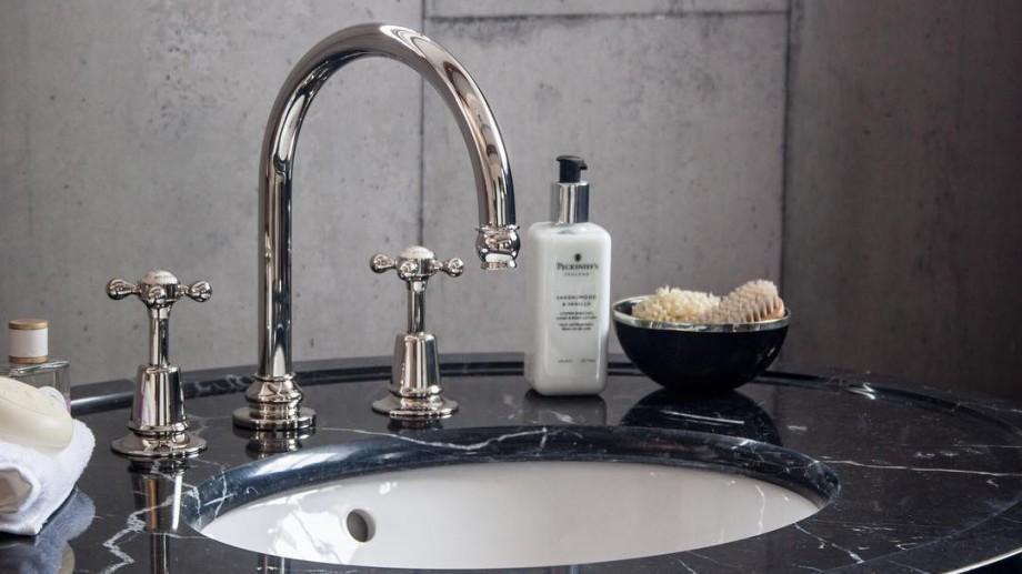Apă-Canal atenționează: Filtrele de apă instalate în apartamente pot livra apă poluată