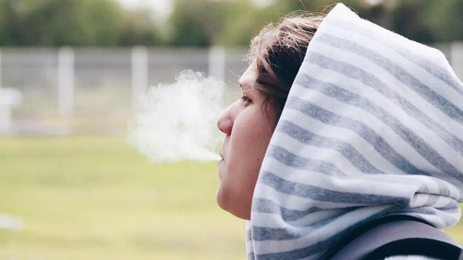 Ţara unde tinerii născuţi după 2015 nu o să mai aibă voie să cumpere ţigări